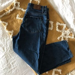 MADEWELL Tapered Jeans in Bellclaire Wash